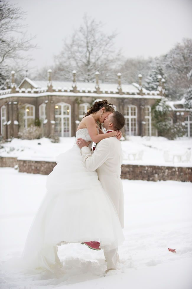 Let It Snow A Wonderful White Real Wedding With Katie And Dave
