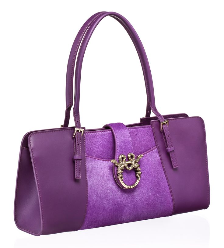 "MAGRÌ ""BAGUETTE"" shown in Calfskin and Pony  #magri_handbags #magri #craftedinflorence #italianstyle #TimelessElegance #Sophisticated #MadeInItaly #italianCraftmanship #ItalianGlamour #luxuryHandbags #Handbags #powerbags #magribag @magriofficial #gentlemanclub #etabetapr #magripress www.magri.com"
