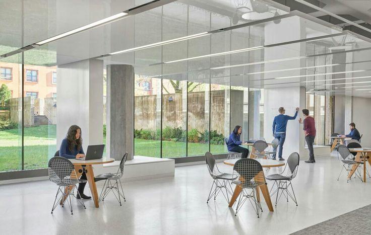 University of Chicago's Joseph Regenstein Library