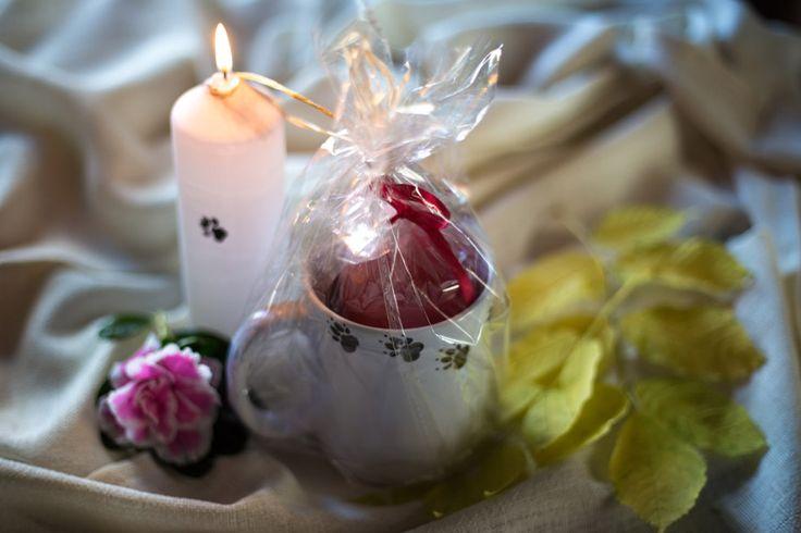 Hauskat tassukynttilät koiraihmisille! http://www.salonsydan.fi/tuote-osasto/kynttilat/ #kynttilä #candle #tunnelma #kynttilät #candles #koira #koirat #lahjat #lahjaideat #dog #dogs