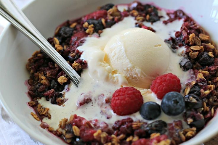 I can't believe it's the end of June already! With all the fresh fruit available I made this gorgeous Slow Cooker Light Berry Crisp. Yes it's healthy recipe, and couldn't be any easier to boot