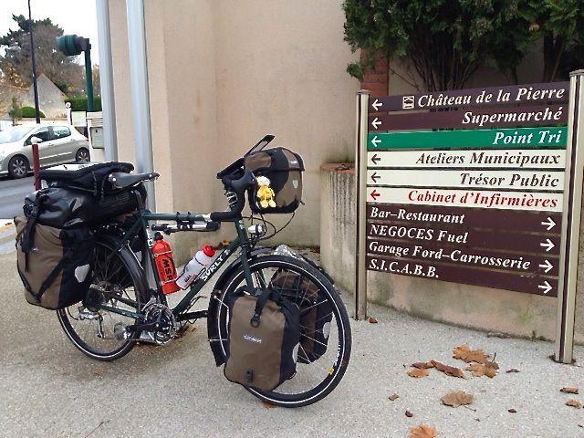 790 kg of luggage! Pic found on www.dereksbiketrip.com/surly-long-haul-disc-trucker/
