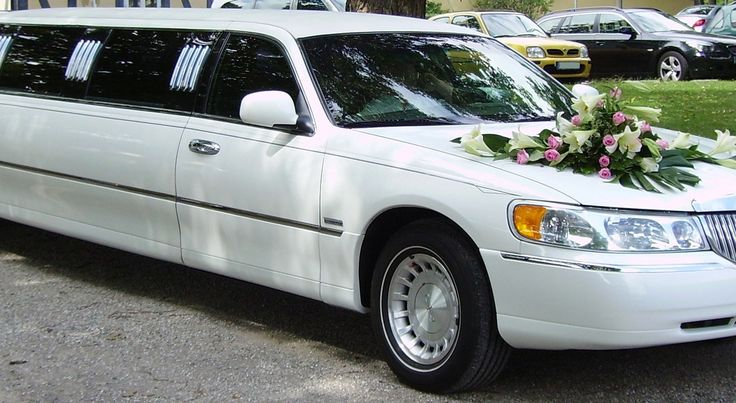 Mount Albert Limousine - Aurora - Bradford West Gwillimbury - Newmarket - East Gwillimbury - Georgina - York region and surrounding Areas There is a lot of important consideration that runs through your mind before you think of hiring Mount Albert limousine so that you can be sure that you made the best choices that you will not regret later.