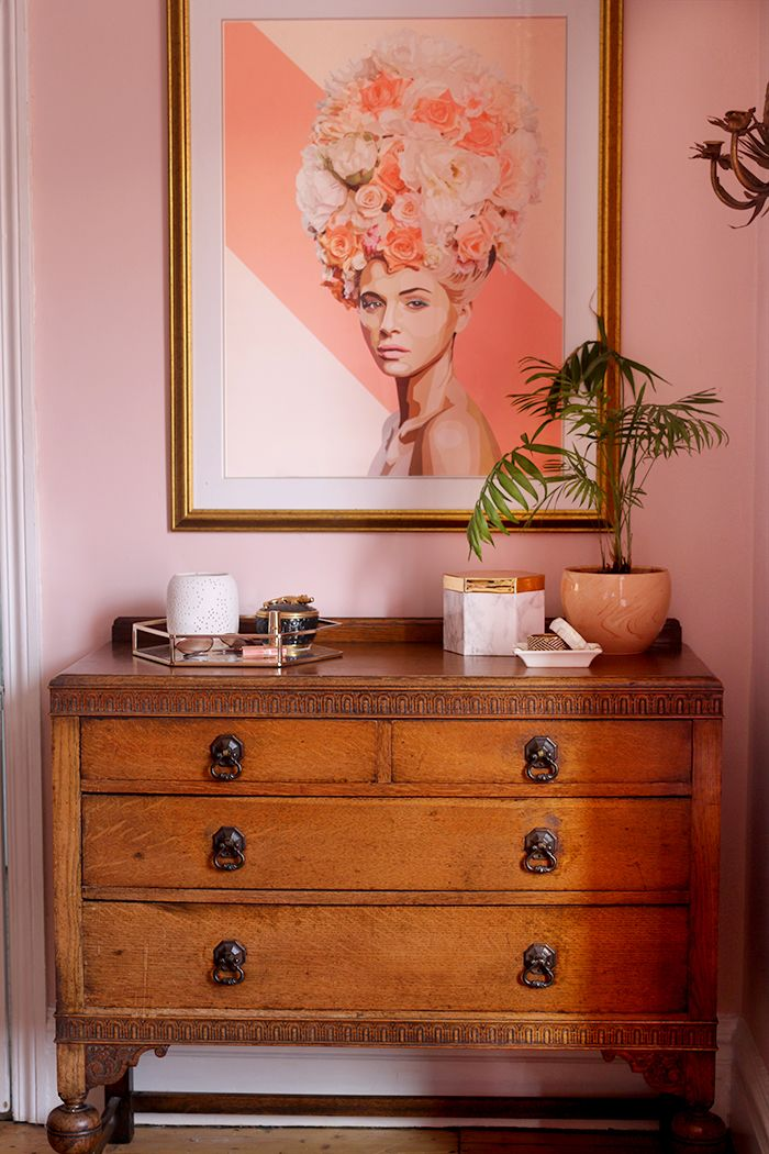 Vintage Chest Of Drawers With Artwork In Pink And Peach Chest Of Drawers Decor Oak Furniture Land Vintage Inspired Bedroom