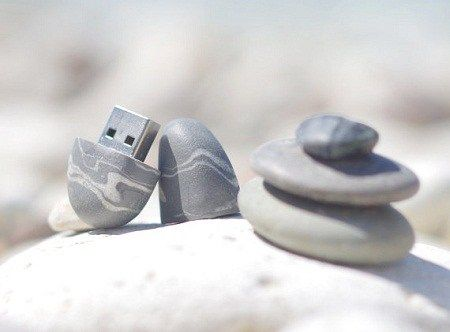 Keep your secrets in stone with this USB Flash Drive » Coolest Gadgets