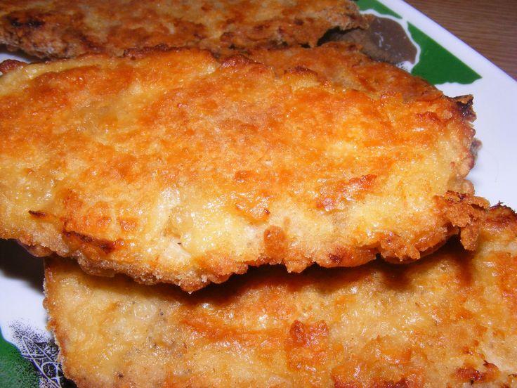 Reteta culinara Snitel de pui crocant-la cuptor din categoria Pui. Specific Romania. Cum sa faci Snitel de pui crocant-la cuptor