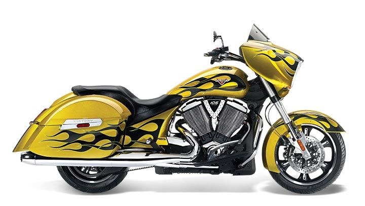 2014 VICTORY CROSS COUNTRY MOTOSYKKLE -  tequila gold with flames.