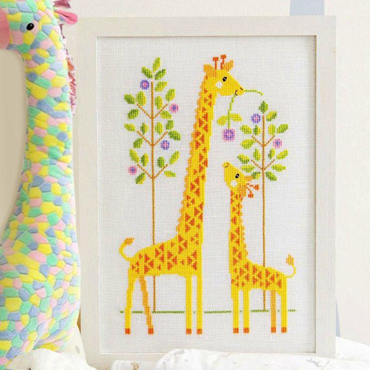 Resultado de imagem para girafa para bordar em ponto oitinho