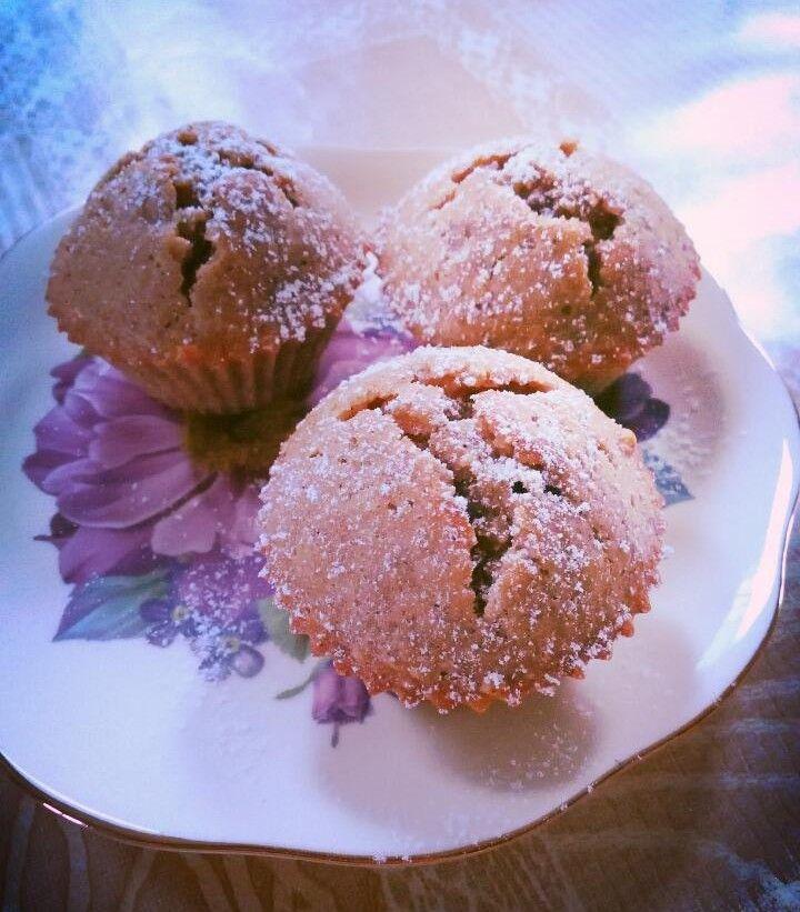 Cinnamon walnut muffins