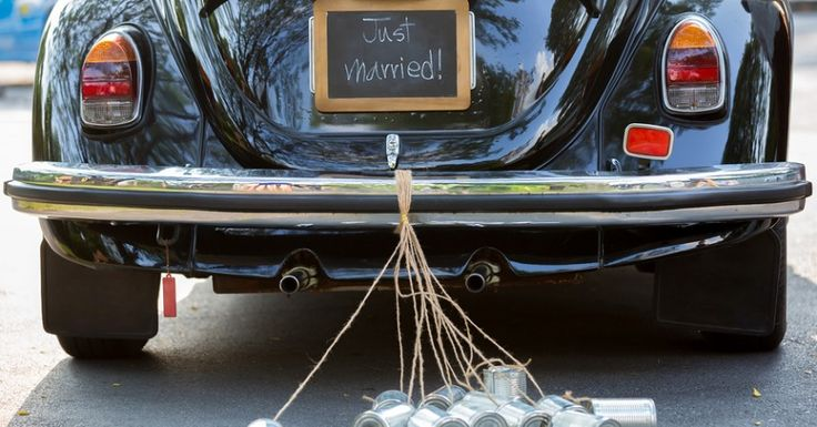 La playlist da sentire in auto durante il giorno delle nozze