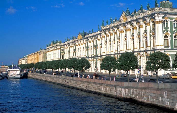 Des voyages en avion pas cher sur notre comparateur de voyage et des milliers de destination, comme ce voyage à Saint-Pétersbourg au meilleur prix #voyage #Russie #comparateur #hotel #vols