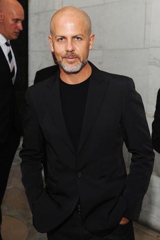 Diseñadores de moda hombre.  Italo Zucchelli      Firma actual: Calvin Klein Collection