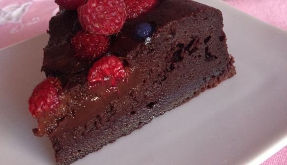 Fondant au chocolat Monbana, mascarpone, framboise-violette
