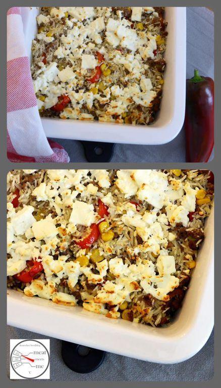 Reis-Mais-Gehacktes-Pfanne gepimpt Das Standard-Rezept gepimpt mit Fetakäse, Spitzpaprika, Frühlingszwiebeln und eingelegten Jalapenos, damit es etwas mehr hergibt.