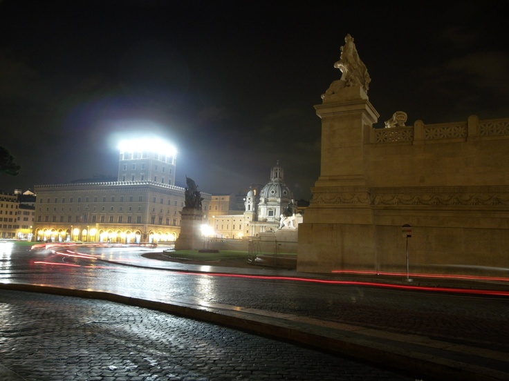 rome at night 1