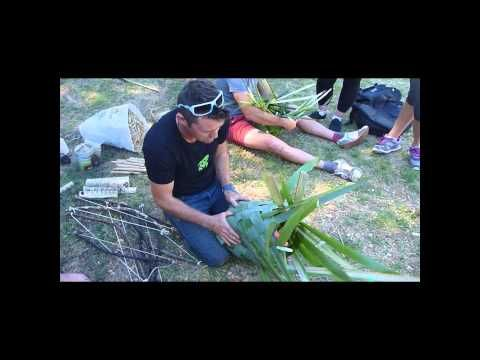 HOW TO FLAX WEAVE A KETE - YouTube || New Zealand