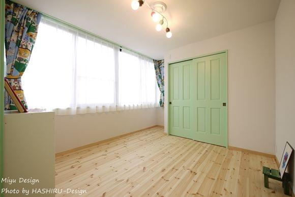子供部屋事例:子ども部屋2(フレンチナチュラルスタイルの家)