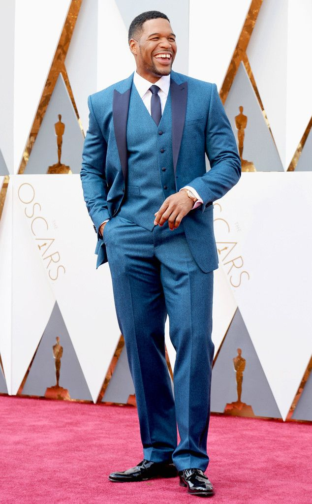 Michael Strahan from Oscars 2016 Candid Moments  The Live! co-host looks right at home on the red carpet.