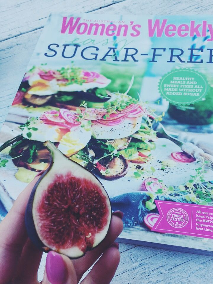 Lovely fig! A fig season has come! ❤️❤️ do you guys like it? I'm gonna make my fav healthy sandwiches with cottage cheese and sliced fig! <3 yummy! Have an am amazing day! It's friyay!