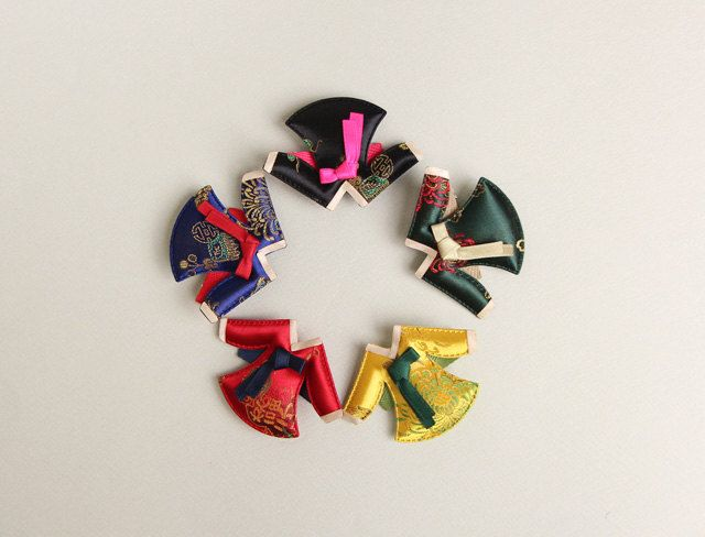Hanbok Hair clip - Korean traditional jacket - jeogori  / Korean New Year's Day by muzeday on Etsy