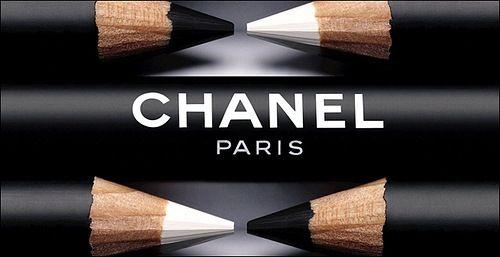 ♥: Eye Pencil, Coco Chanel, Make Up, Black White, Chanel Eyeliner, Chanel Paris, Best White Eyeliner Products, Eyeliner Pencil, Chanel Makeup