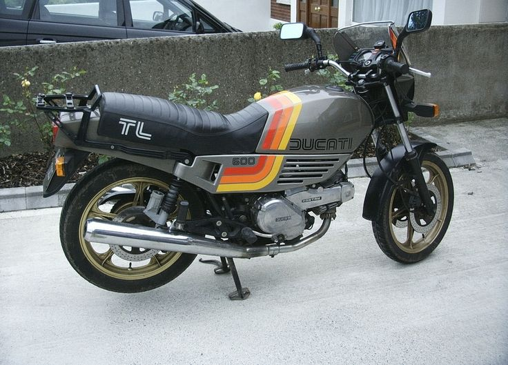 1983 Ducati 600 TL	Ducati 600 TL	56bhp. Touring version of the belt driven desmo OHC Pantah imported from Italy.