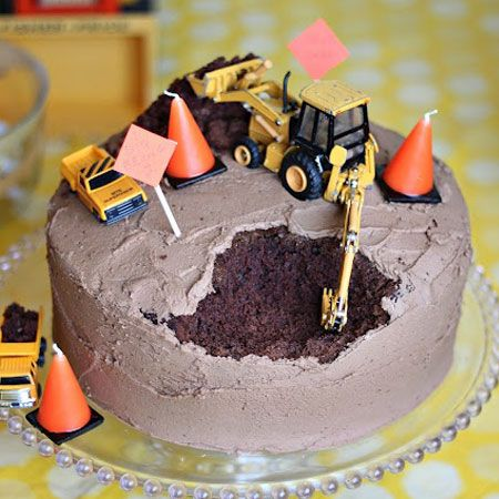 Digger cake. Perfect for that boy!