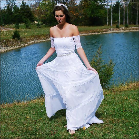 216 best BOHEMIAN WEDDING DRESSES BRIDES images on Pinterest ...