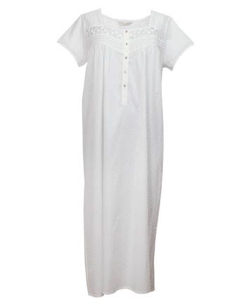 Nora-Rose by cyberjammies White Clip Jacquard Short Sleeve Long Nightdress