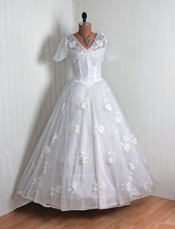 187 best wedding--vintage wedding dresses images on Pinterest ...
