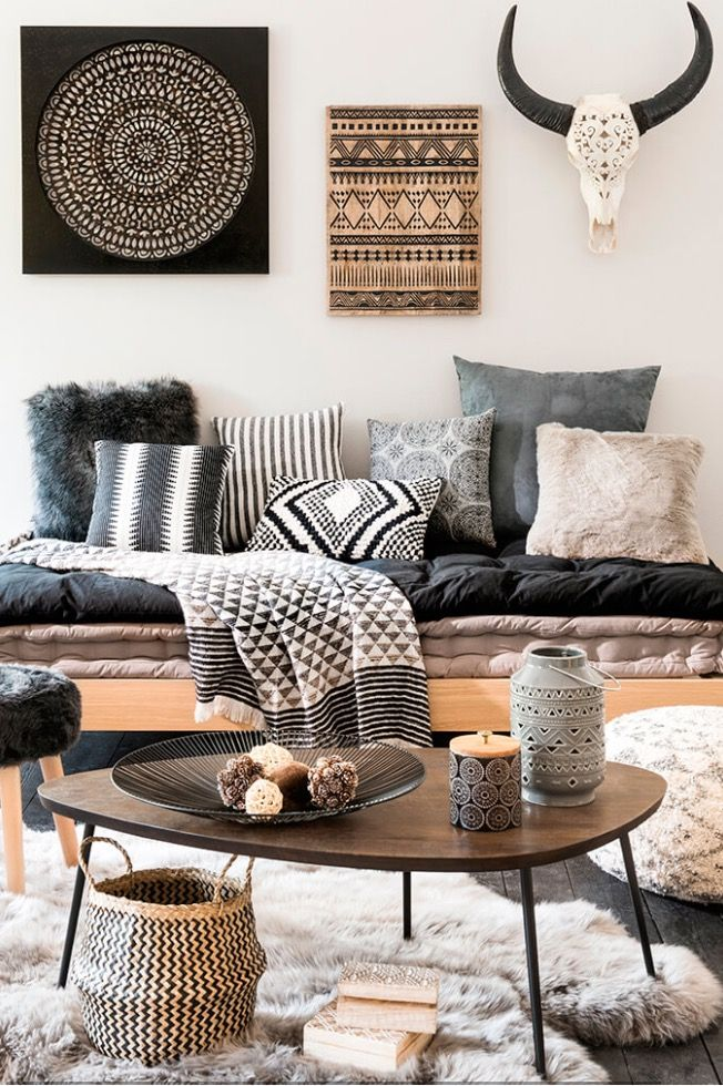 la tendance dco rustique de maisons du monde pour lautomne hiver there must be a better way to add interest to the walls vs skulls and horns - Interior Design Wall Decor