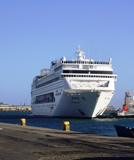 MSC Sinfonia - Cape Town Harbour