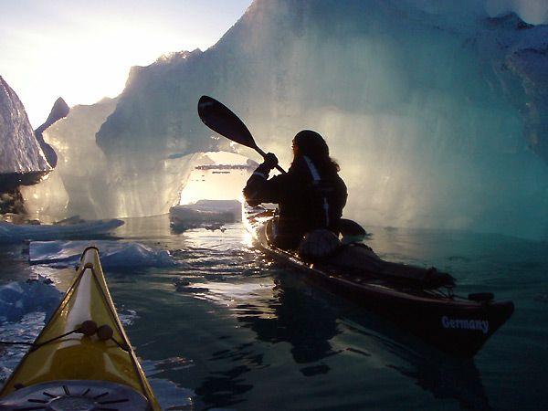 kayaking jokulsarlon// gonna be doing this in Alaska soon! come on summer!!