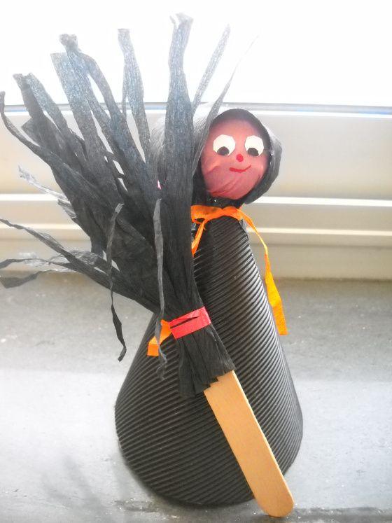 La strega di Halloween  Halloween addobbi e decorazioni scuola