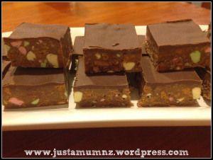 Chocolate Clinker Slice
