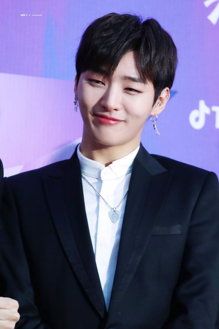 180125 Wanna One at Seoul Music Awards Red Carpet #Jisung