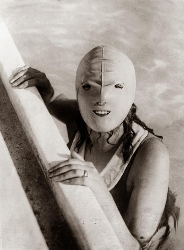 A mildly terrifying 1920s full faced swimming mask designed to protect women from the sun.