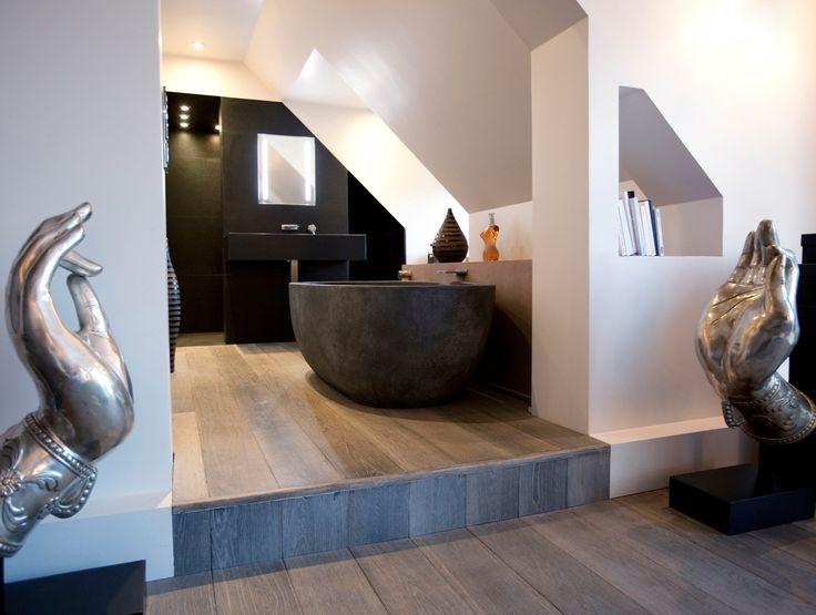 Maison à Neuilly-sur-Seine #house #bathroom Agence MOHA