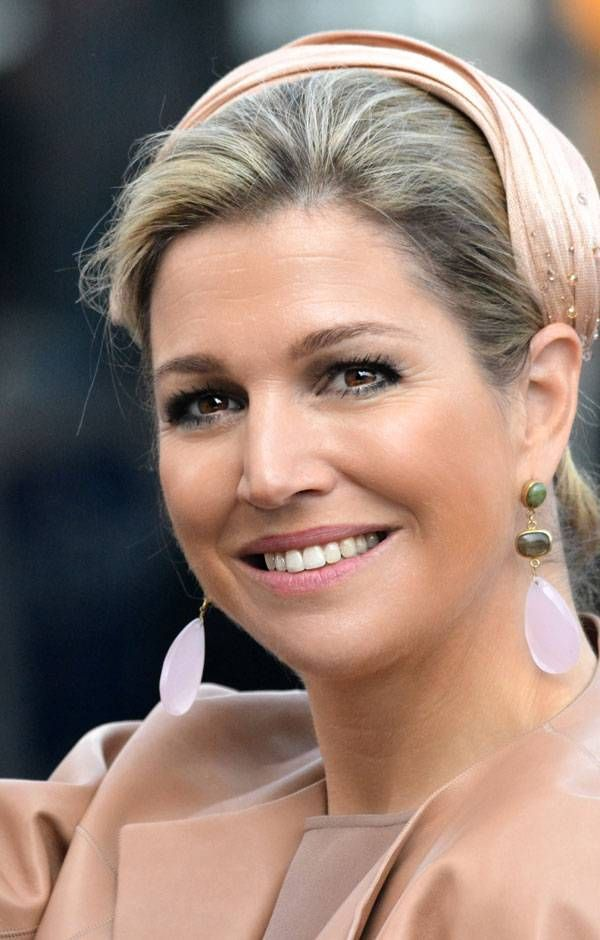#iamrosequartz Queen Maxima wearing our earrings!
