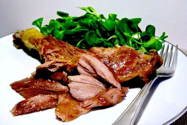 Scuola di cucina: ricetta passo dopo passo dell'anatra in confit cotta a bassa…