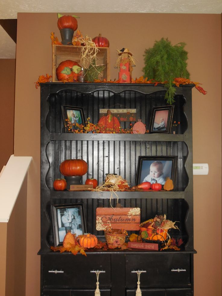 13 Best Images About China Cabinet Decor On Pinterest