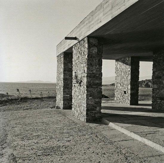 Aris Konstantinidis: Week-end house in Anavissos, 1962