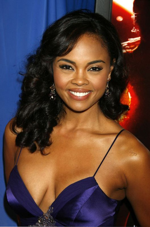 Sharon Leal October 16, 1972 Sharon Leal turns 41 today. She is a singer and actress of stage, film and television.