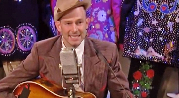 Country Music Lyrics - Quotes - Songs Hank williams jr. - Hank Williams' Grandson Sounds So Much Like Him Singing His Grandfather's Hit - Youtube Music Videos https://countryrebel.com/blogs/videos/hank-williams-grandson-sounds-so-much-like-him-singing-howlin-at-the-moon