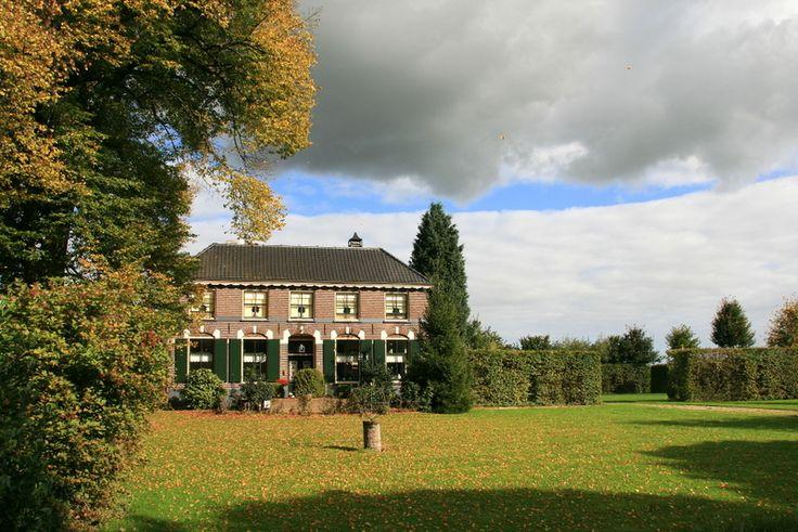 """Eck en Wiel - Burg. Verbrughweg 55 Hofstede """"De Koningslinde"""".JPG"""