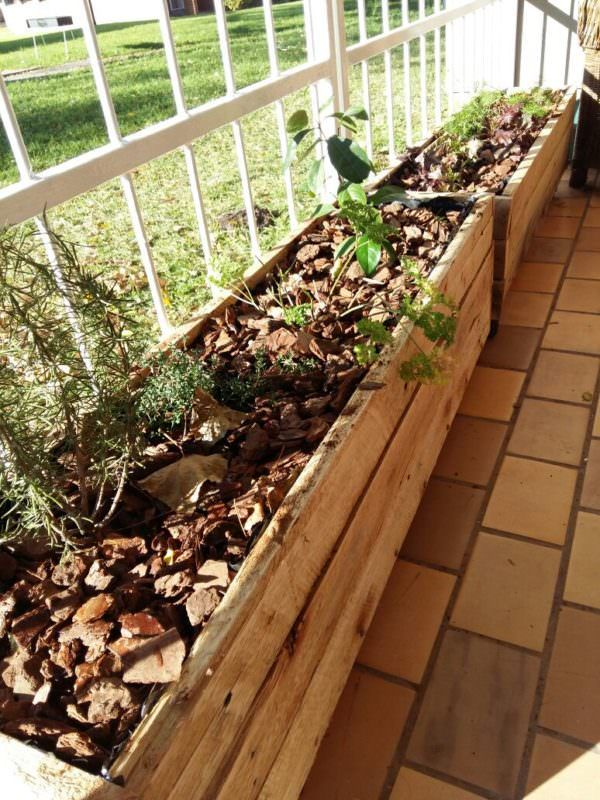 Pallet Herb Planter Boxes / Pallet Planters & Pallet Compost