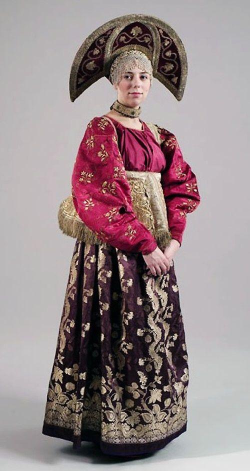 Female festive costume. XIX century. Nizhny Novgorod province