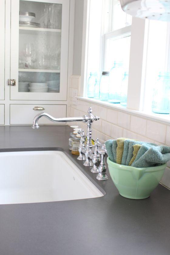 White craftsman kitchen white kitchen organization for How to keep white towels white