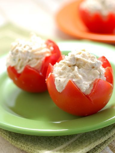 Tomates cerises farcies au thon : Recette de Tomates cerises farcies au thon - Marmiton