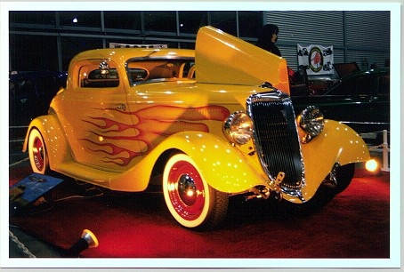 Hot Rod with a tri-carbed small block Chevy motor